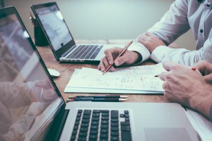Como fazer a gestão financeira de seu negócio de maneira descomplicada